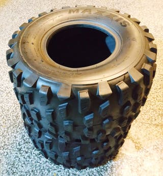 2 pneumàtics quad MAXXIS 20x11-9
