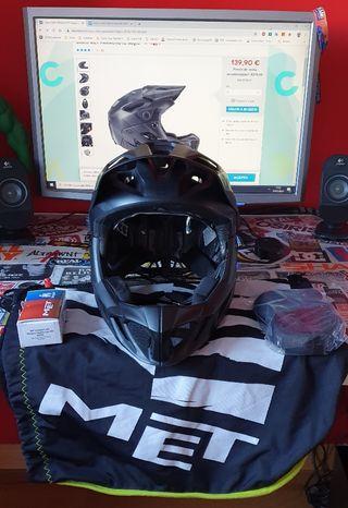 Casco Met Parachute Negro