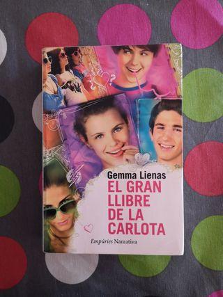 Llibre El gran llibre de la Carlota: lila i vermel