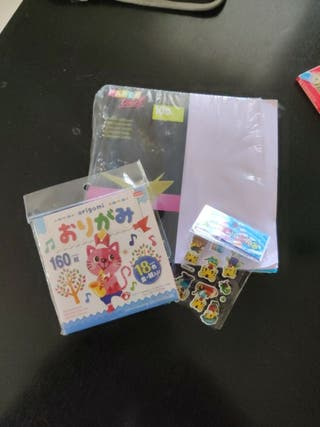 Pack papeles Origami + stickers