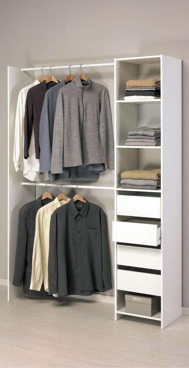 Armario ropero blanco sin puertas de dormitorio