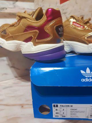 Zapatillas Adidas Falcon W sin estrenar