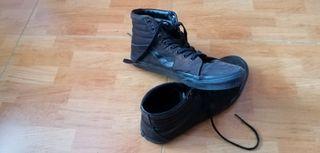 Zapatillas Vans Old Skool High negras