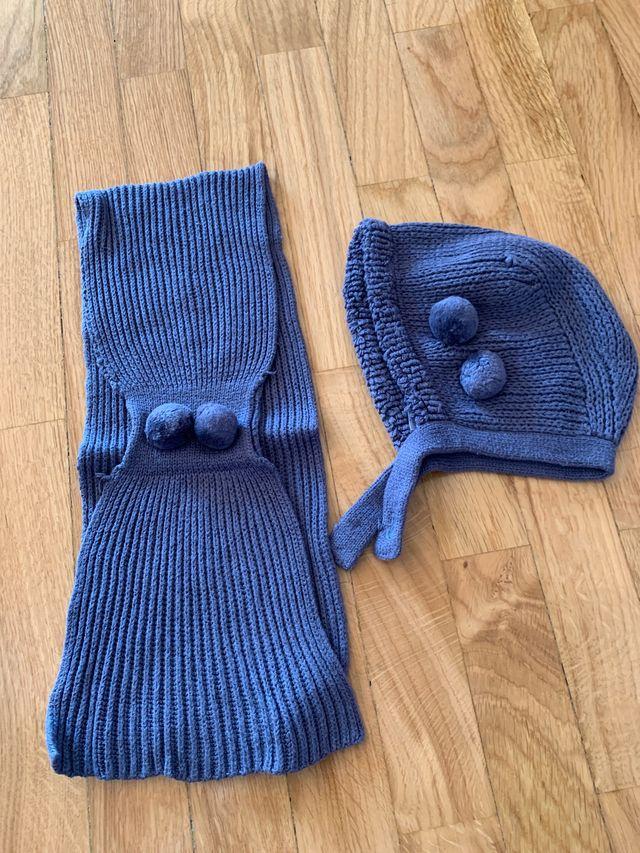 Bufanda azul y capotita a juego talla 18 meses