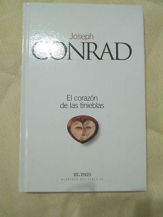 Libro El corazón de las tinieblas, de Conrad