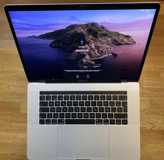 "MacBook Pro Touch Bar 15"" (modelo finales 2018)"