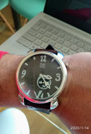 Reloj uno de 50 hombre