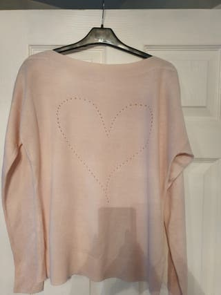 worn once a lovely ladies pink jumper size 12