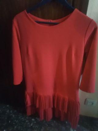 Vestido de volantes rojo 2 veces puesto