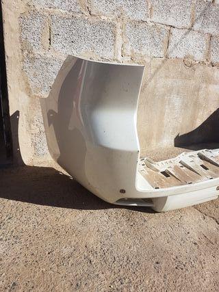 Paragolpes trasero Toyota Landa Cruiser 150