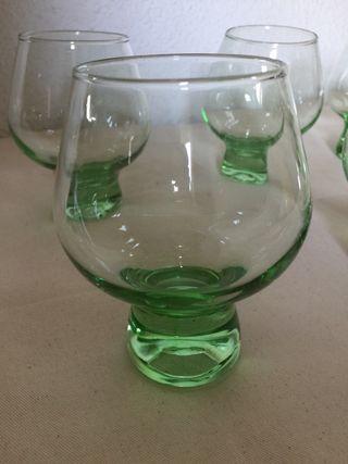 Juego de vasos o copas vintage