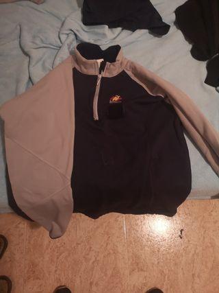 ropa de deporte militar