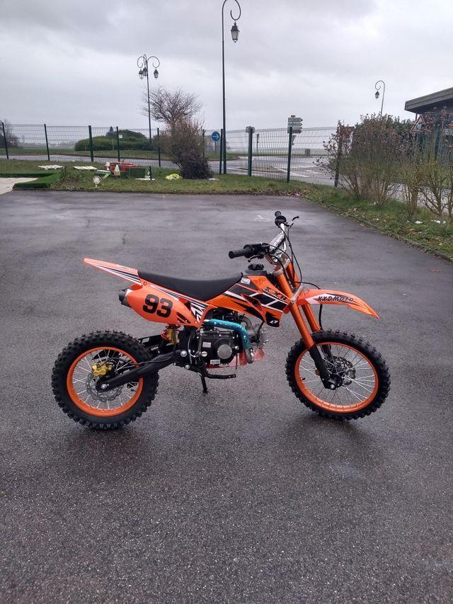 moto KXD