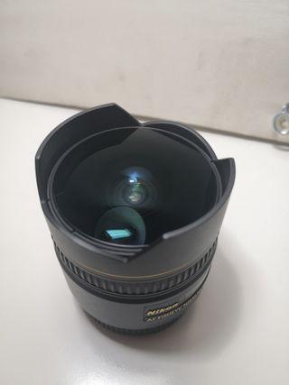 Objetivo Nikon 10,5mm f2.8