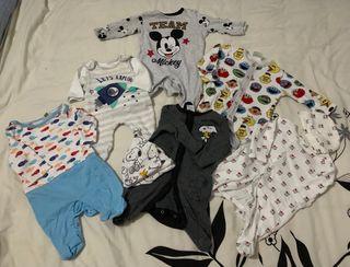 Pack ropa bebé (peleles)