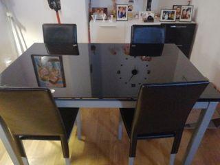 Mesa comedor extensible cristal negra