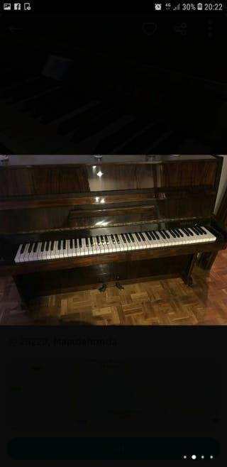 PIANO CHERNY MUSICAL