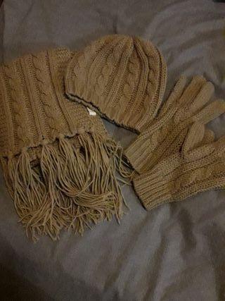 ¡URGENTE! Conjunto bufanda, gorrito y guantes