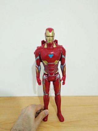 Figura Ironman 29 cm.