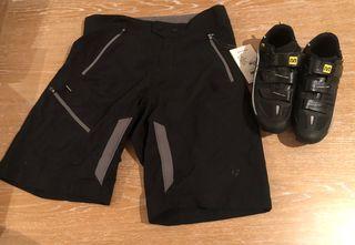 Zapatillas Y pantalón bicicleta