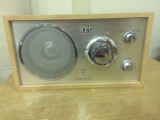 Radio vintage AEG