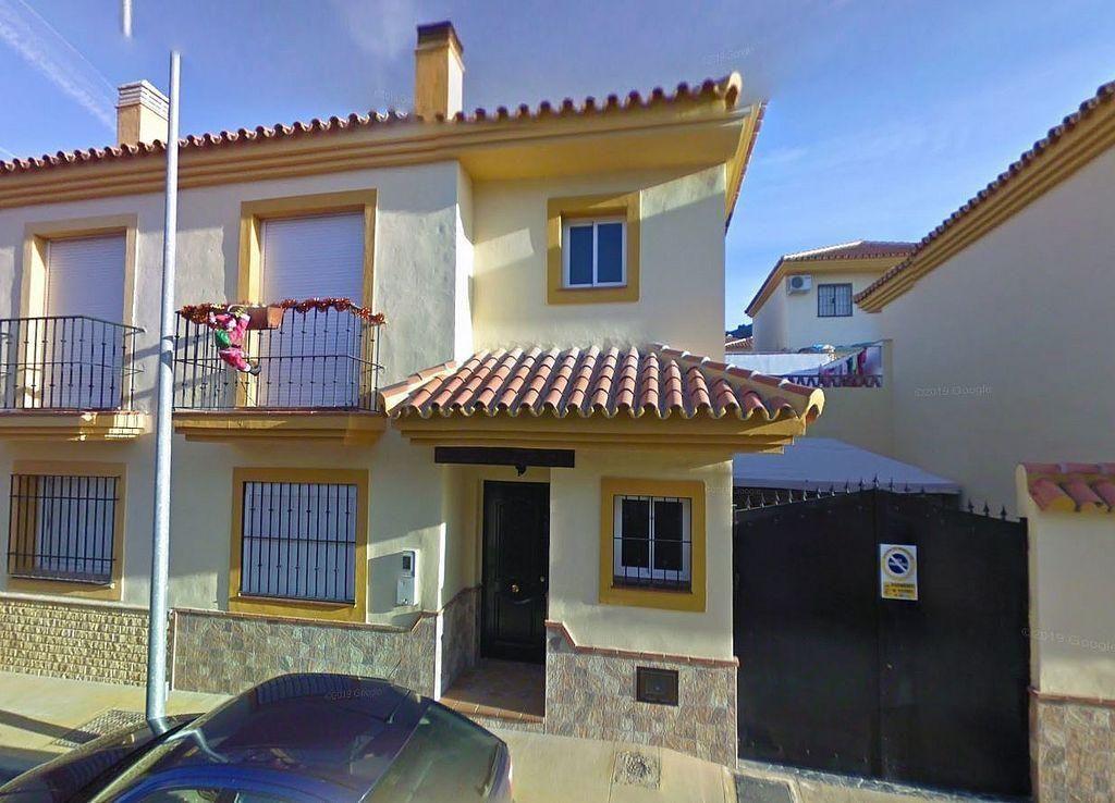 Piso en venta en Pizarra (Pizarra, Málaga)