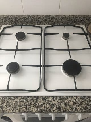 Cocina Gas Natural y horno Teka