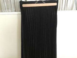 falda plisada satinada de zara