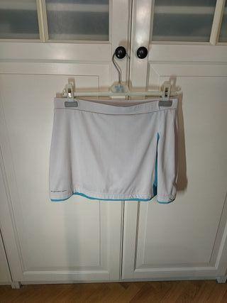 Falda de pádel de la marca Bullpadel talla L