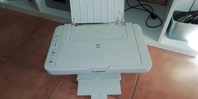 impresora y fotocopiadora.