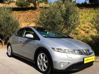 Honda Civic 1.8 GASOLINA 5 PUERTAS !