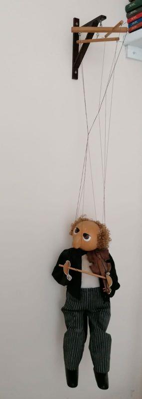 Marioneta de Madera con Hilos