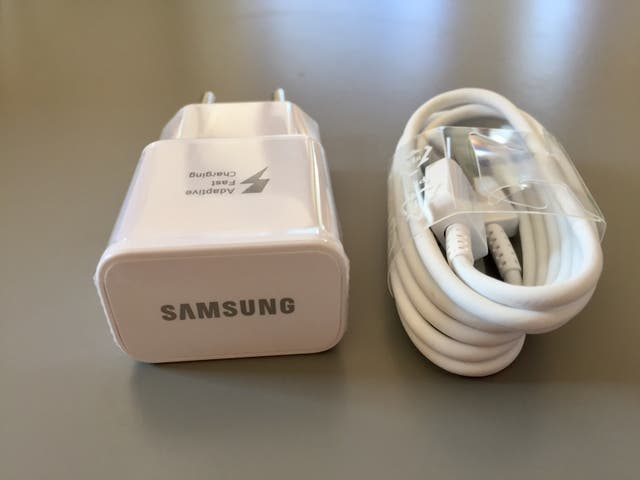 Cargador original Samsung tipo C nuevo