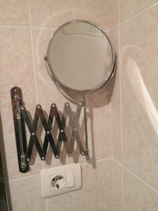 espejo de aumento con dos caras