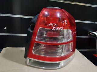 Piloto trasero derecho Opel zafira b año 2010