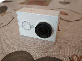 Xiaomi Yi camera + baterías + accesorios