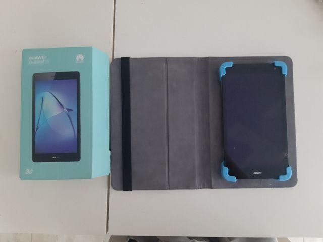 HUAWEI mediaPad T3 7 con su caja+ funda