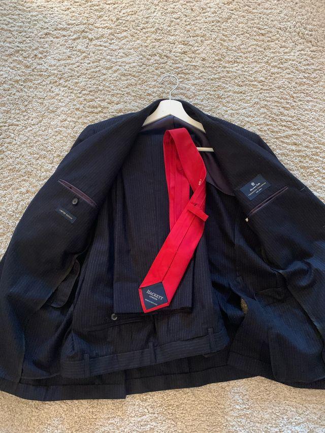 Traje completo americana pantalon corbata