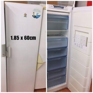 Congelador Balay con garantía