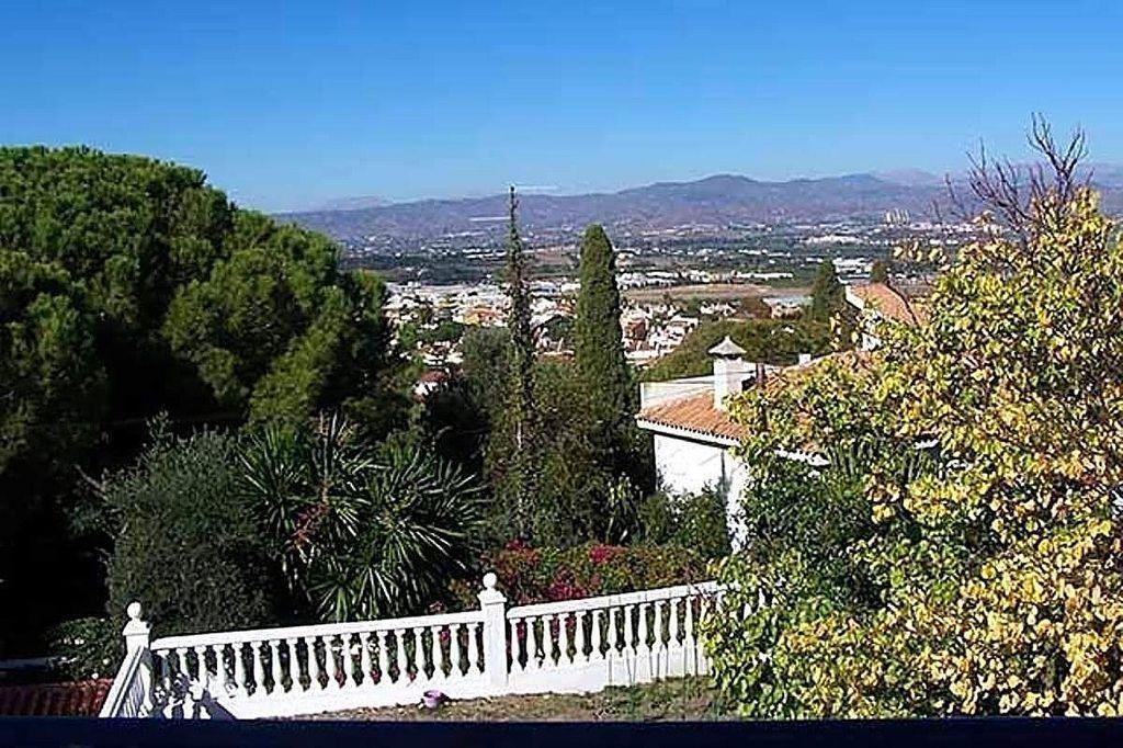 Villa en venta en Capellanía - Retamar en Alhaurín de la Torre (El Peñón, Málaga)