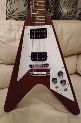Espectacular guitarra Gibson flying V