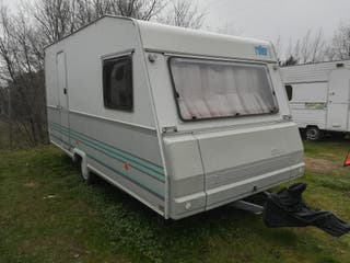 Caravana Roller Sevilla 420 distribución francesa