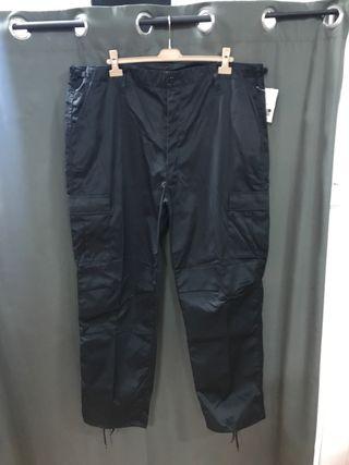 Pantalon multibolsillos negro XXXL