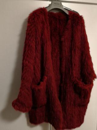 Abrigo de conejo tricotado Marca Gemma Sach.