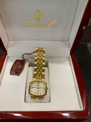 Reloj de oro mujer Bassel nuevo