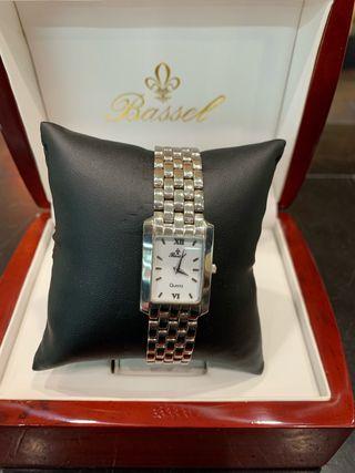Reloj de mujer oro blanco macizo Bassel nuevo