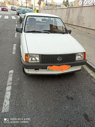 Opel CORSA TR 1983[22/1 9:43] AaMercedes: Potencia fiscal(c.v) 9.78,. Cilindrada 4/11966