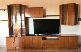 Mueble de comedor seminuevo la tele NO incluida