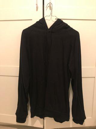 Capucha negro