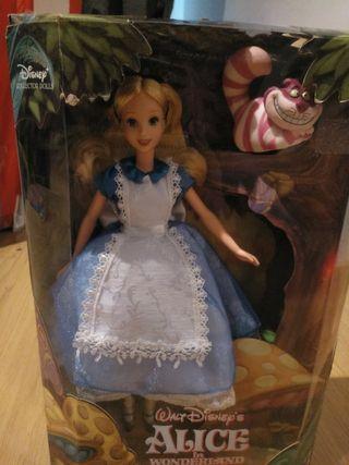 Alicia en el país de las maravillas, muñeca